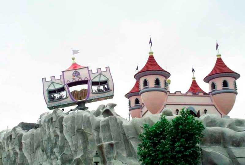crazy-house-castle-1