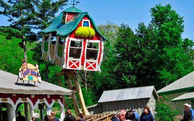 crazy-house-farm-2